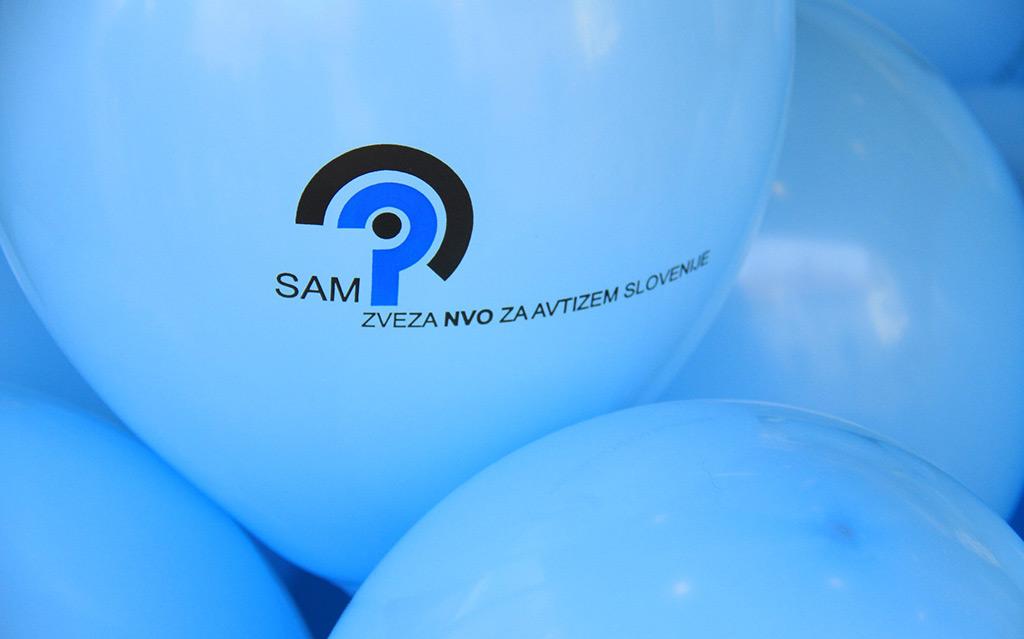 V znamenju zavedanja o avtizmu – Moj dežnik je lahko balon